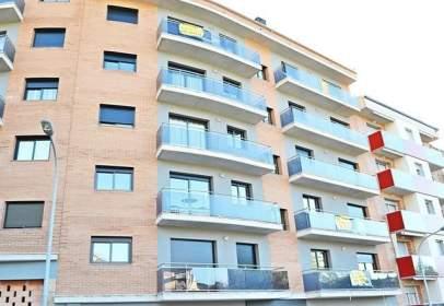 Garatge a  Sardana,  31-33
