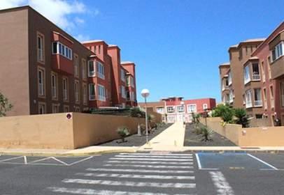 Flat in calle calle Pardela Urb.Mirador de Las Dunas S/N