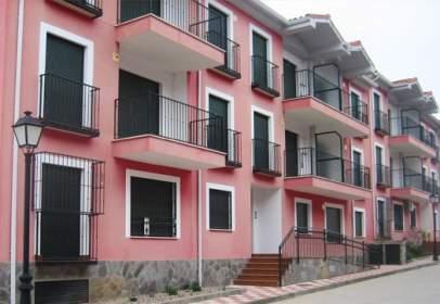 Piso en calle calle Condes de Oropesa Esq. Avd. Toledo