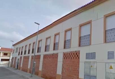 Flat in calle Cencerrada y Ribera,  2400