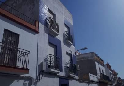 Piso en calle de Santiago Rusiñol,  48