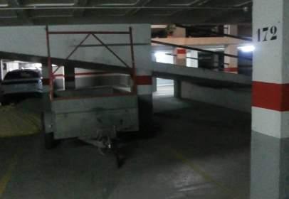 Garatge a calle Agustín Rodríguez Sahagún,  11