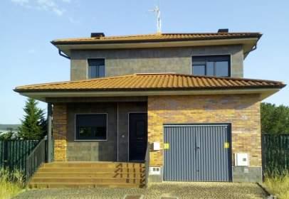 Single-family house in Camino de Izkue,  5